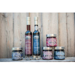 ALCOOL:  TERRE DE CARMEN,  vin de bleuets sauvages élevé en fût de chêne  12% alcool. FORMAT 500 ML